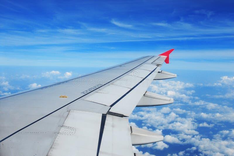 Ala del aeroplano, opinión del pasajero imagenes de archivo