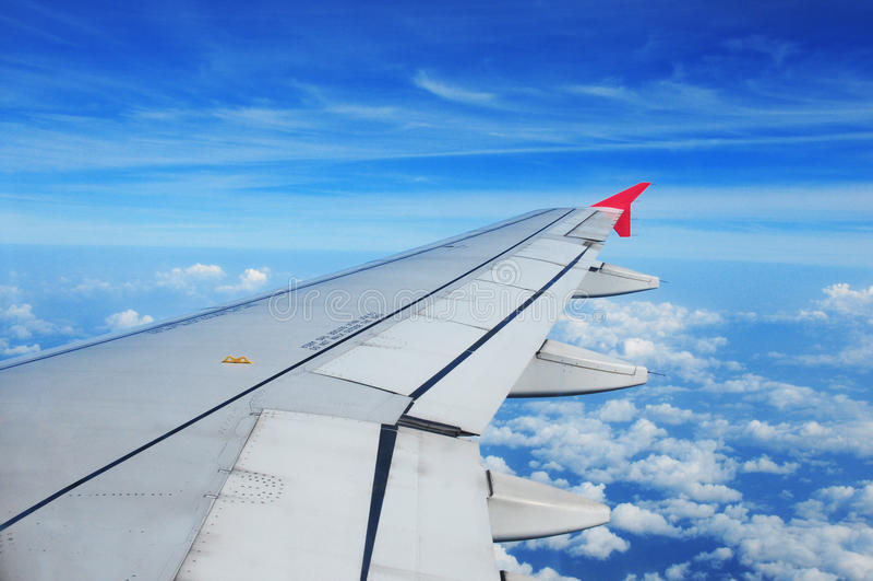Ala dell'aeroplano, punto di vista del passeggero immagini stock