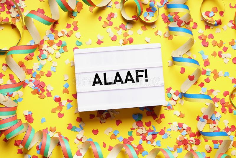Alaaf é a chamada do tolo alemão tradicional usou-se durante o carnaval na água de Colônia imagens de stock royalty free