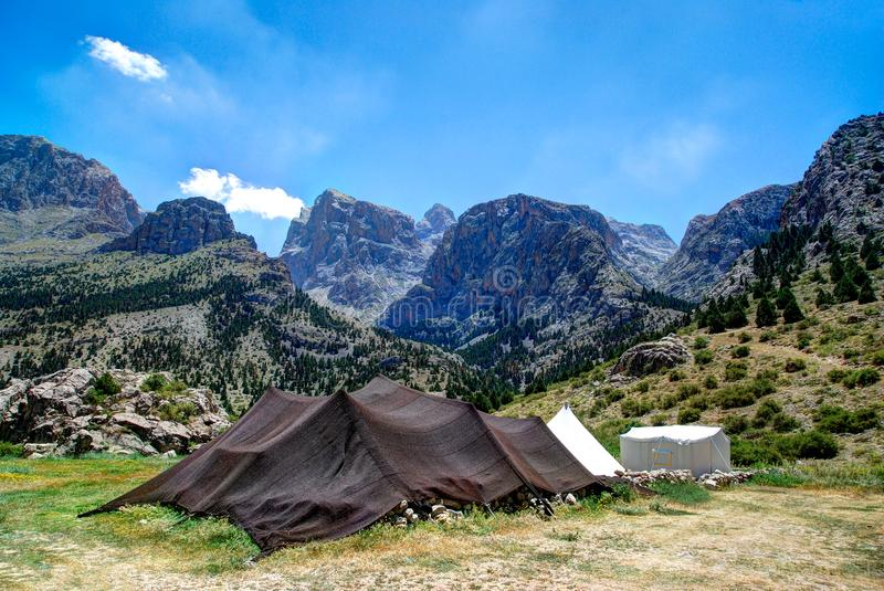 Aladaglar-Berge in Nigde lizenzfreie stockfotografie