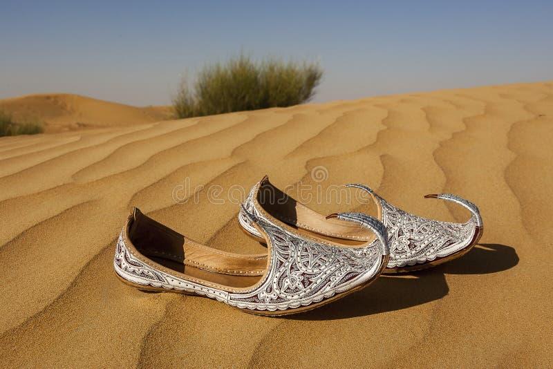 Aladins verlor Schuhe lizenzfreie stockfotografie