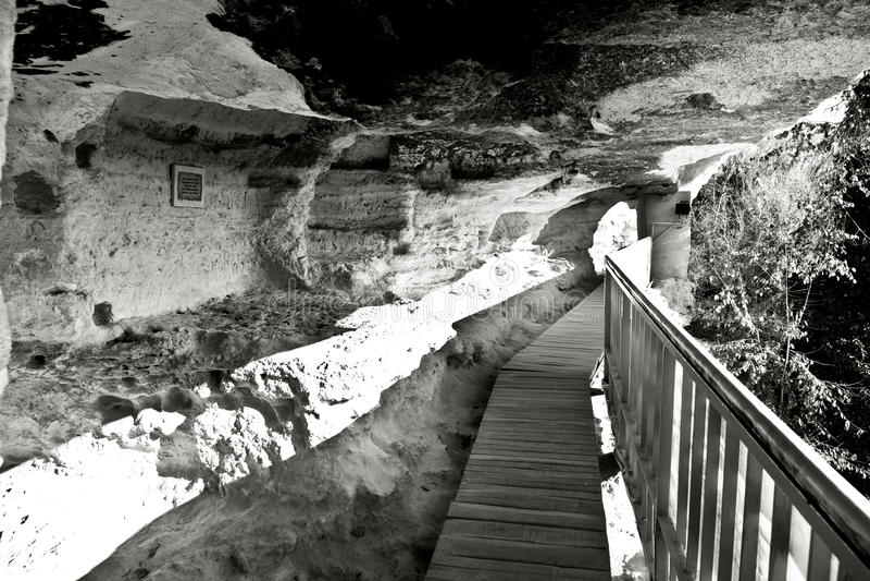 Aladzha vaggar kloster, Bulgarien arkivfoto