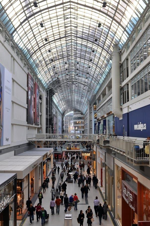 Alameda de compra do centro de Eaton imagem de stock