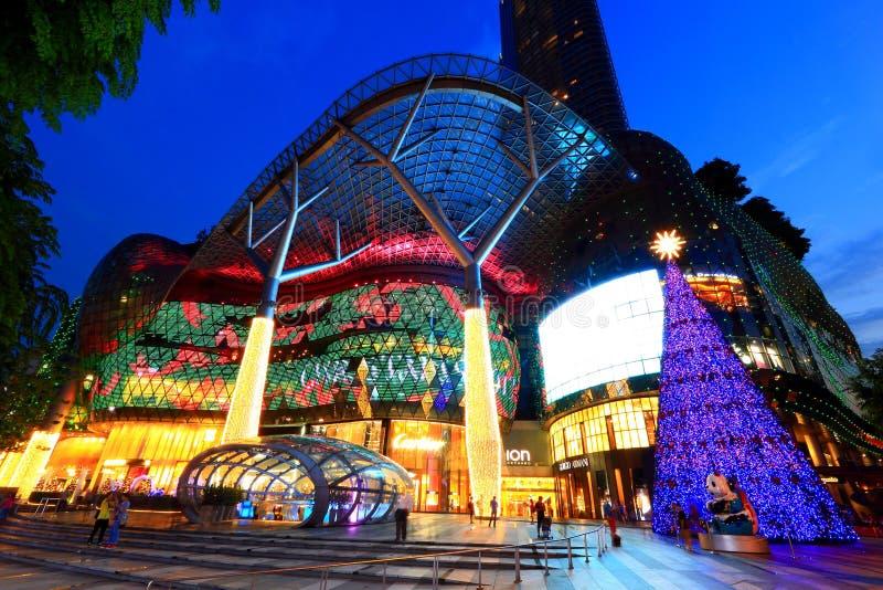 Alameda de compras de ION Orchard Singapur fotografía de archivo libre de regalías
