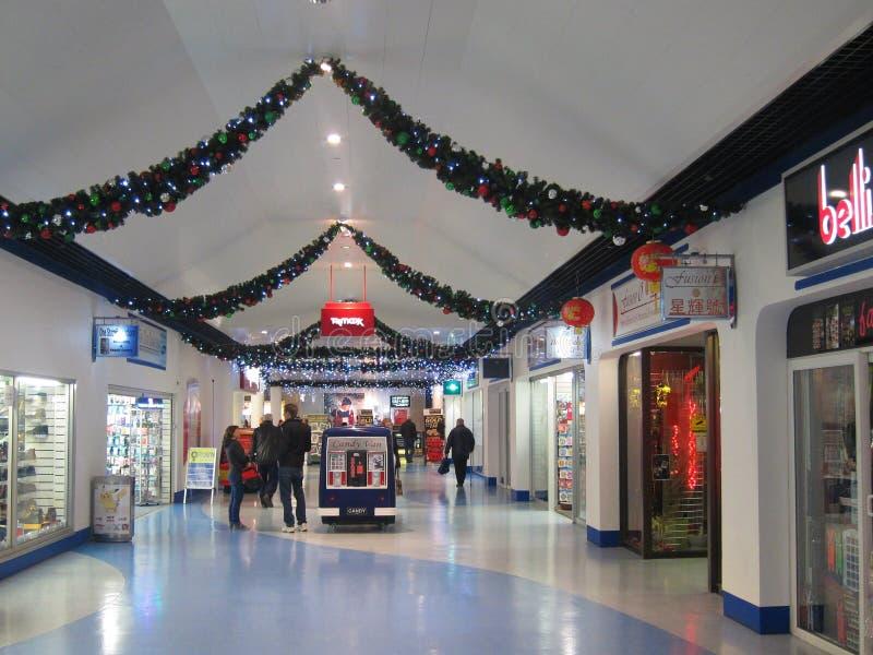 Alameda de compras de la Navidad. fotografía de archivo