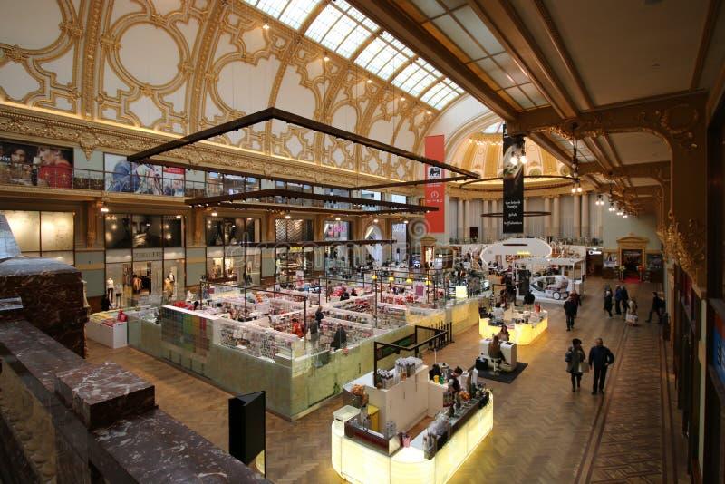 Alameda de compras de Stadsfeestzaal Amberes fotos de archivo