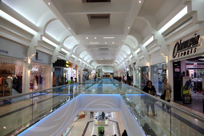 Alameda de Seef em Manama, Barém imagens de stock