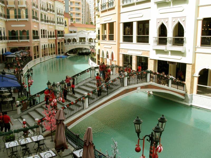 Alameda de Veneza Grand Canal, monte de McKinley, Taguig, Filipinas imagem de stock royalty free