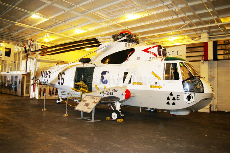 ALAMEDA, ETATS-UNIS - 23 MARS 2010 : SH-3 SeaKing, frelon de porte-avions à Alameda, Etats-Unis le 23 mars 2010 photos libres de droits