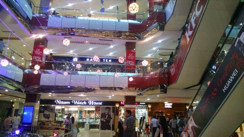 alameda islamabad do centaurus foto de stock