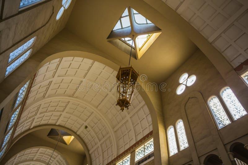 Alameda mega central de Souq de Sharja imagenes de archivo
