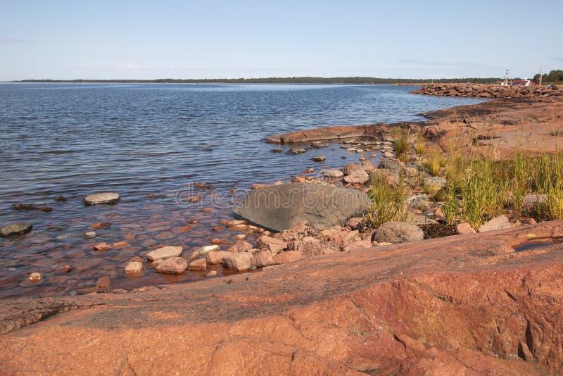 Aland wyspy, Finlandia - widok bulwar Wybrze?e morze ba?tyckie obraz stock