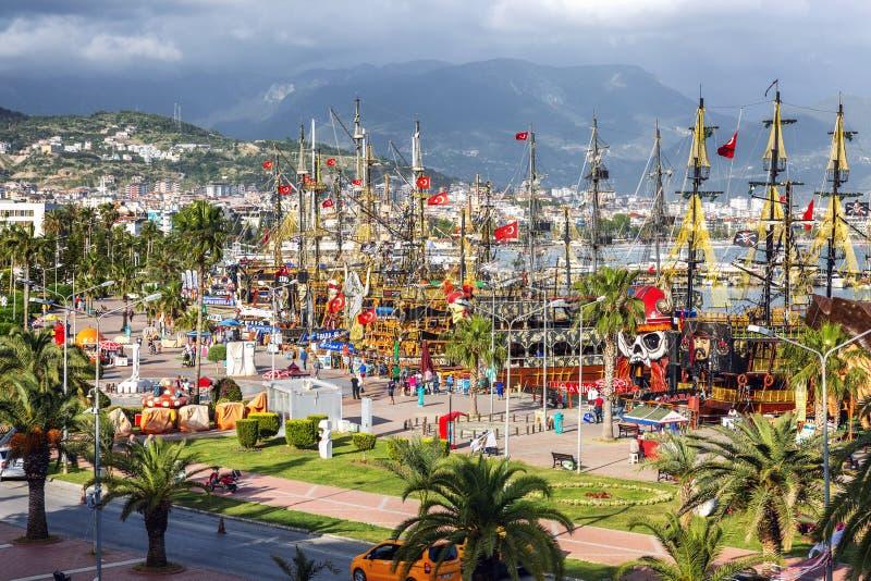 Alanya, Turquie, 05/07/2019 : Belle vue du port dans la ville photographie stock libre de droits