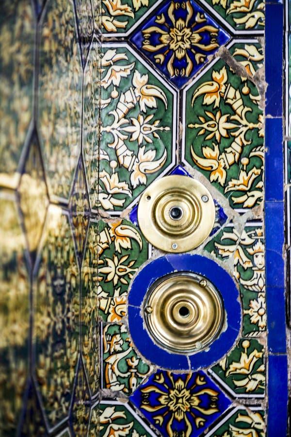 Alarmbel aan een huis in Sevilla, España royalty-vrije stock foto's