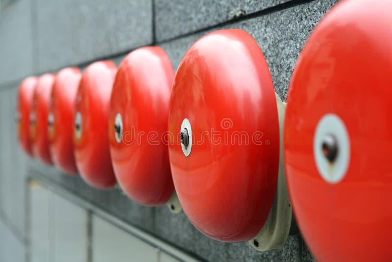 alarmklockor aktiverar ringning royaltyfria foton