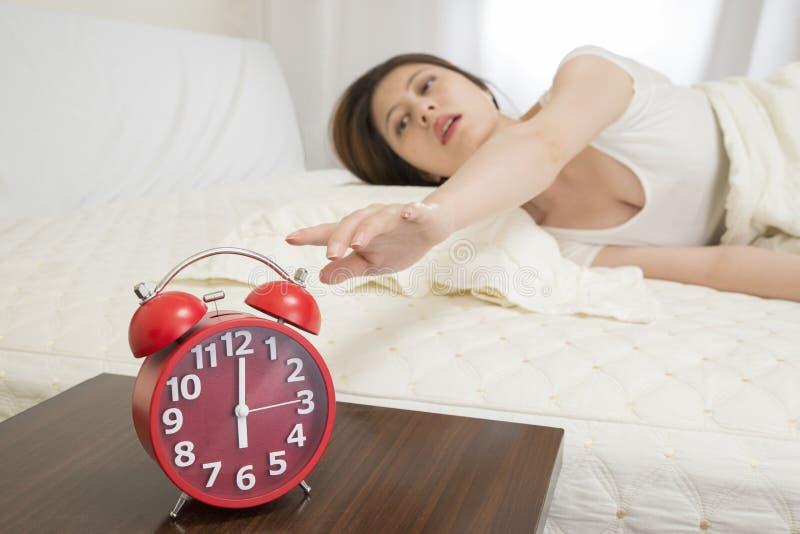 Alarmuhr abstellen stockfoto