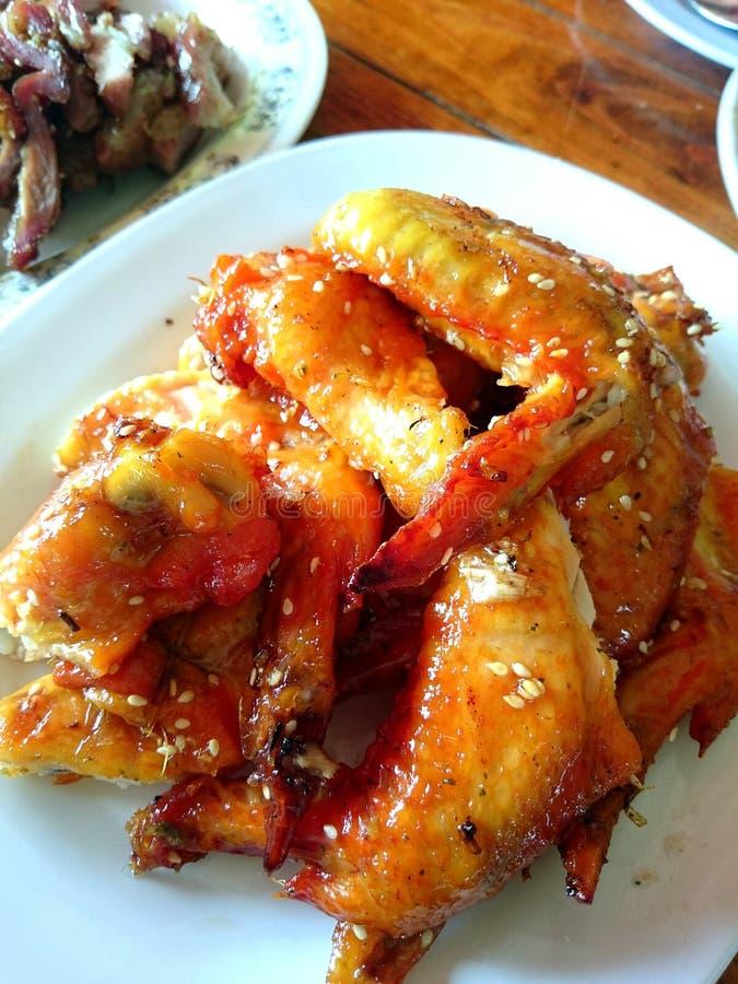 Alas calientes y de Spicey de pollo foto de archivo