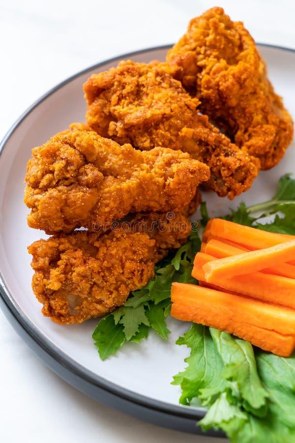 alas de pollo picantes fritas fotografía de archivo libre de regalías