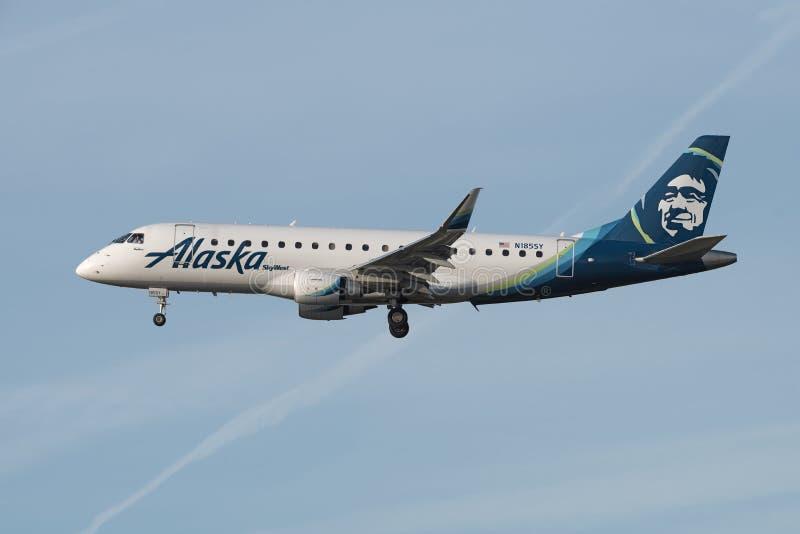 Alaska Airlines Embraer immagine stock