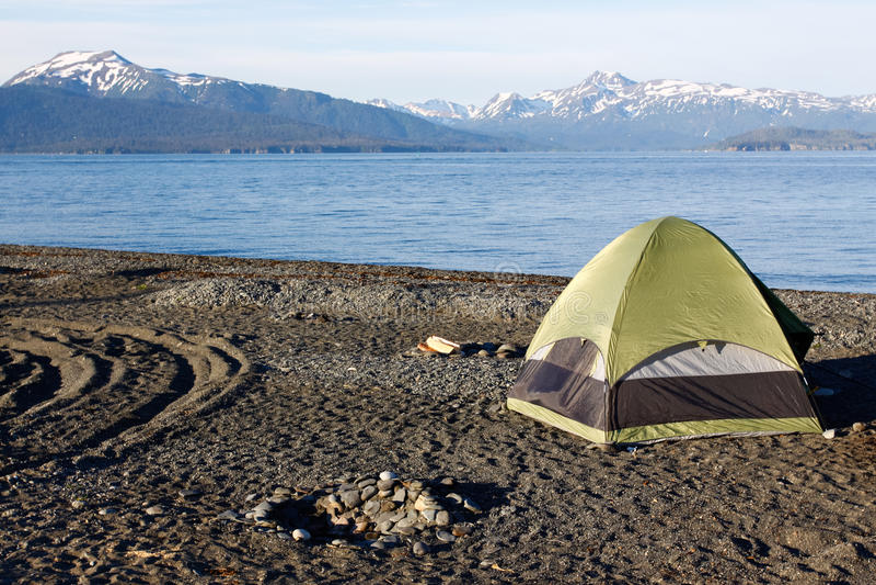 Alaska - Homerus Spit Tent Camping royalty-vrije stock fotografie