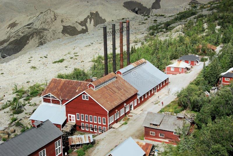 Alaska - Kennicott kopparmin - Wrangell St Elias National Park och sylt royaltyfria foton