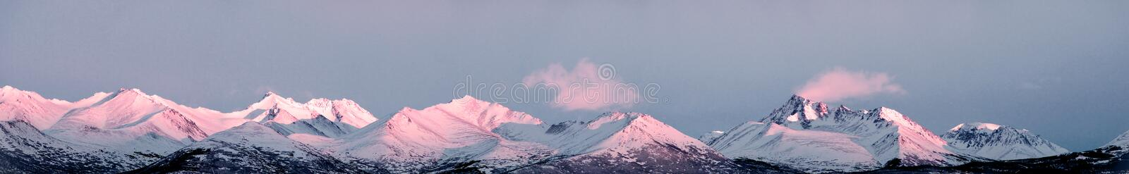 Download Alaska Mountain Peak Panorama Stock Photo - Image of snow, america: 29620074