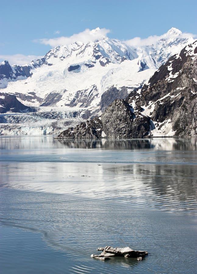 Free Alaska Mountains Royalty Free Stock Photos - 16287828