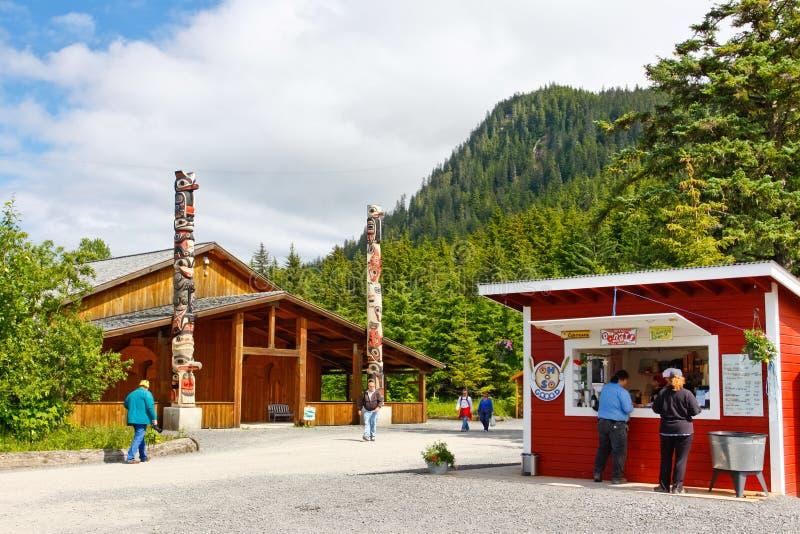 Alaska pekar den Icy straiten dragningar royaltyfri bild