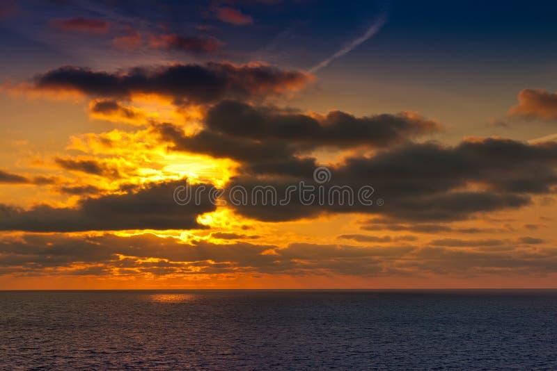 Alaska-Sonnenuntergang lizenzfreies stockfoto