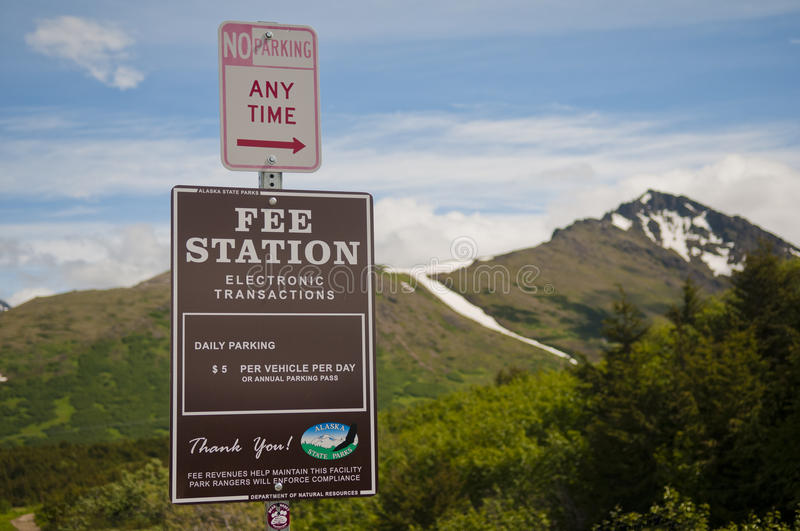 Download Alaskan parking fee editorial photo. Image of track, sign - 29510531