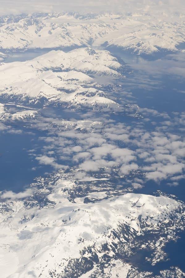 Alaskische gebirgiglandschaft stockbild