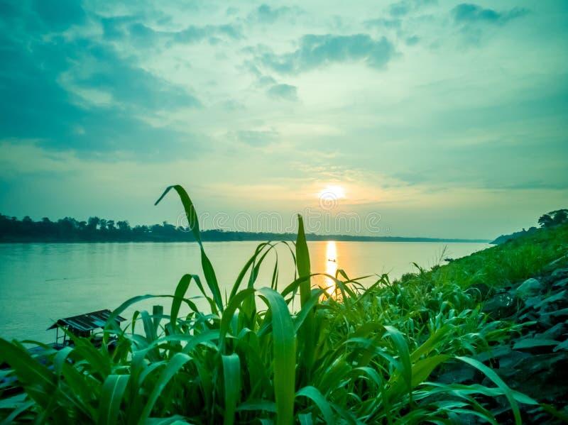 Alba al Mekong, Tailandia fotografia stock