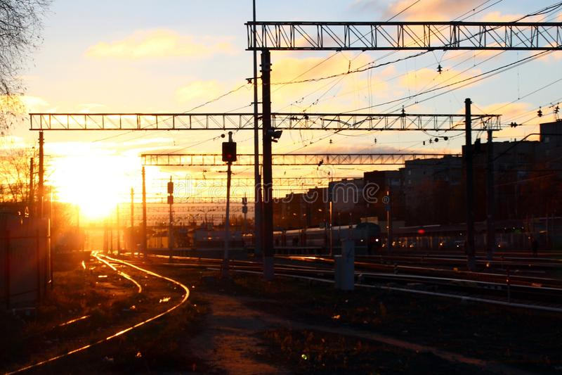 Alba alla stazione ferroviaria di Monino fotografia stock libera da diritti