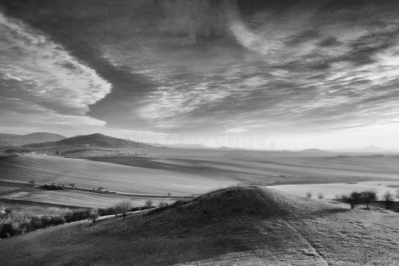 Alba in altopiani della Boemia centrali, repubblica Ceca immagini stock libere da diritti