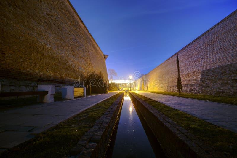 Alba Carolia Fortress em Romênia imagens de stock royalty free