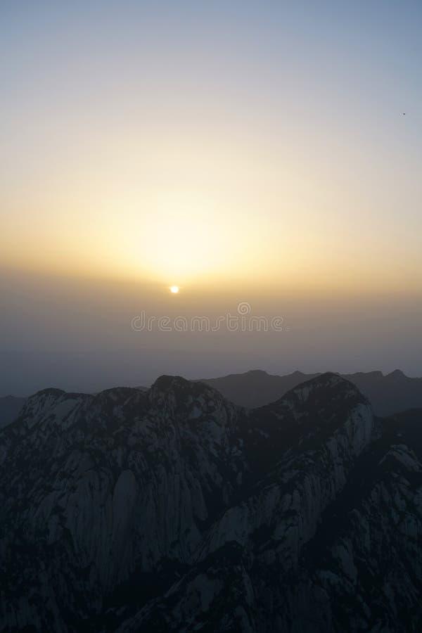 Alba di Huashan della montagna immagine stock libera da diritti