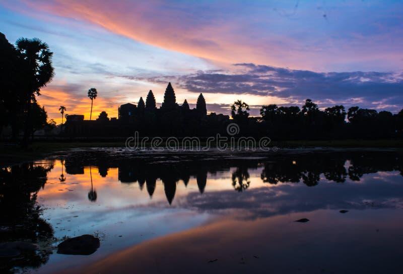 Alba di mattina a Angkor Wat fotografie stock libere da diritti