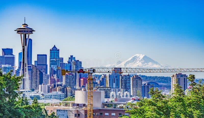 Alba di primo mattino dell'orizzonte della città di Seattle Washington fotografie stock libere da diritti