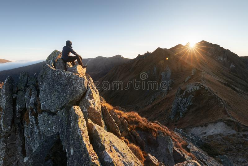 Alba durante l'autunno in Puy de Sancy Posizione: Alvernia, Francia fotografie stock