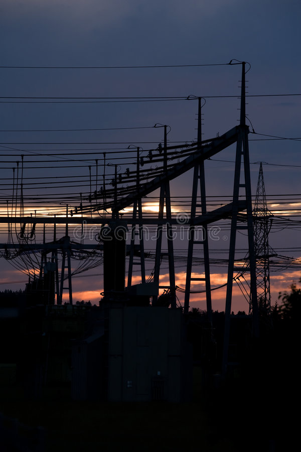 Alba ed elettricità fotografia stock libera da diritti