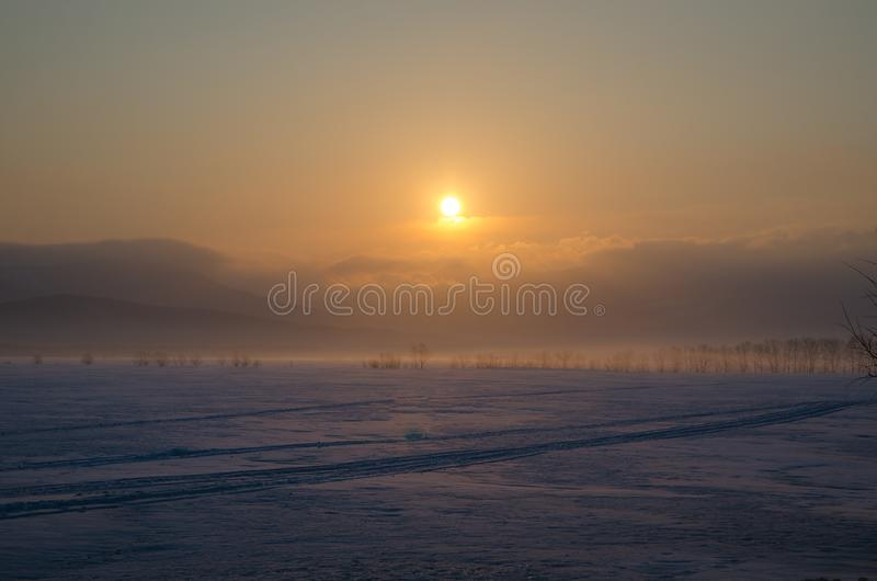 Alba impressionante sull'isola di Sakhalin fotografia stock libera da diritti