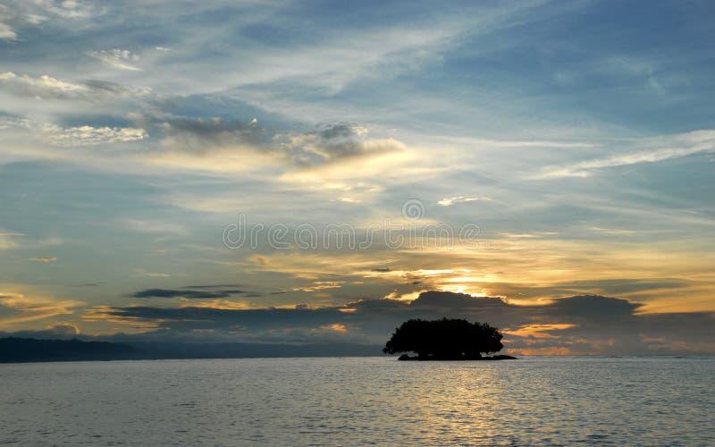Alba marina tropicale fotografie stock libere da diritti