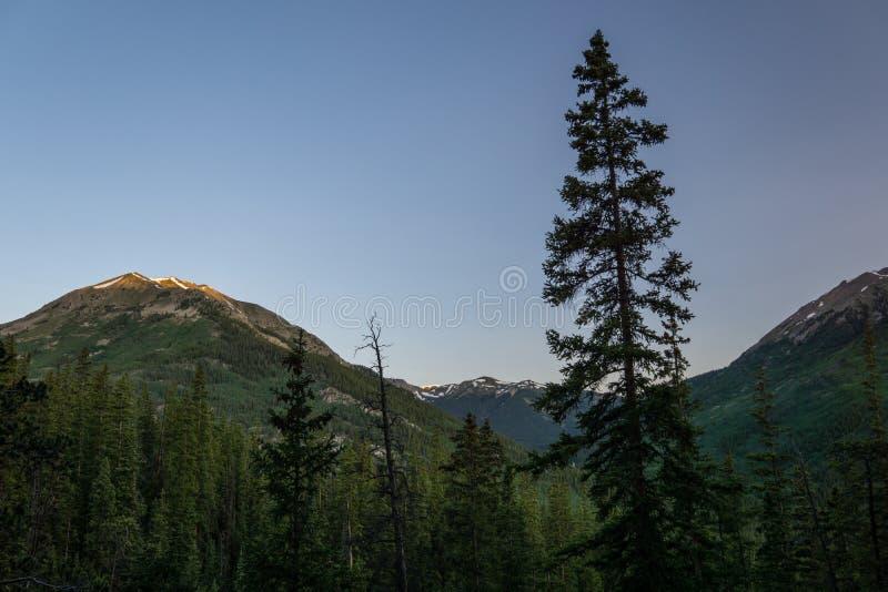 Alba in montagne di Colorado fotografia stock libera da diritti