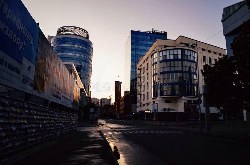 Alba nella città immagine stock libera da diritti