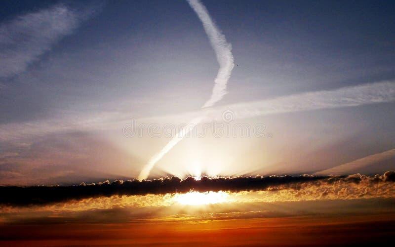 Alba nelle nubi immagine stock libera da diritti