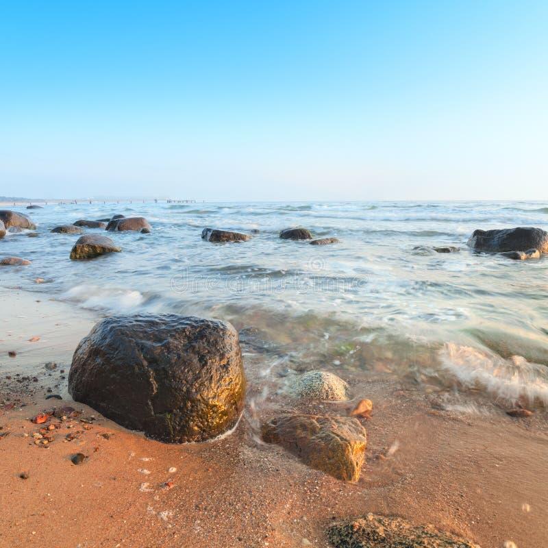 Alba sopra il Mar Baltico sull'isola Rugen, Germania fotografie stock libere da diritti