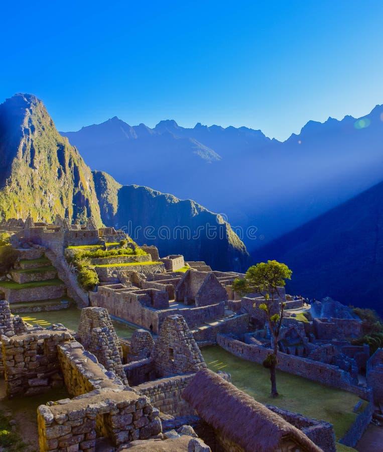 Alba sopra Machu Picchu fotografie stock libere da diritti