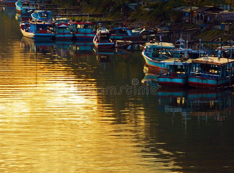 Alba sul fiume in Padang fotografie stock libere da diritti