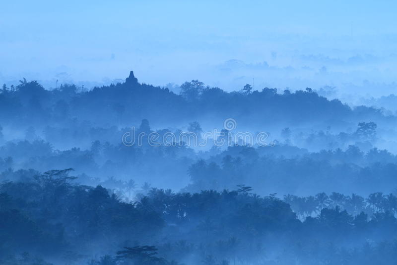 Alba sul tempio Borobudur immagini stock