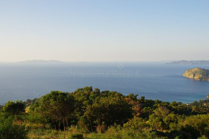 Alba sulle isole di Hyères in Francia: Porto-Ass.Comm. l'isola di Levant immagine stock libera da diritti